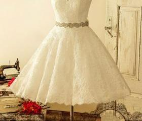 white lace short wed..