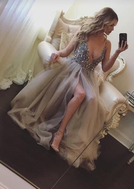 deep v-neck prom dress. cut low prom dresses, prom dresses with beaded, long prom dresses tulle, hot selling prom dresses, new arrival prom gowns