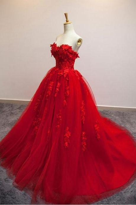 Red Floral Appliqués Sweetheart Floor Length Tulle Evening Gown Featuring Train , Prom Gown, Wedding Gown