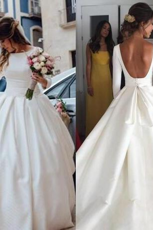 Satin Modest Wedding Dresses A-Line Ruched Court Train A Line With Long Sleeves Backless Jewel Vintage Bridal Gowns