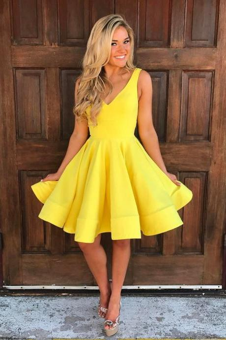 v neck homecoming dress,cute prom dress short,short mini ball gowns,short graduation dress,cocktail party dresses