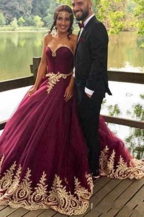 Arabic Princess Ball Gown Evening Dresses,Purple Prom Dresses, Gold Appliques Beaded Wedding Dresses, Vintage Purple Evening Dresses,Formal Evening Dresses, Ball Gown Wedding Bridal Dress With Gold Sequins