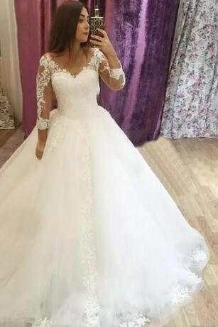 Elegant V-neck Long Sleeve Wedding Dress A Line Lace Wedding Dresses Appliques Court Train Wedding Bridal Gowns Wedding Dress