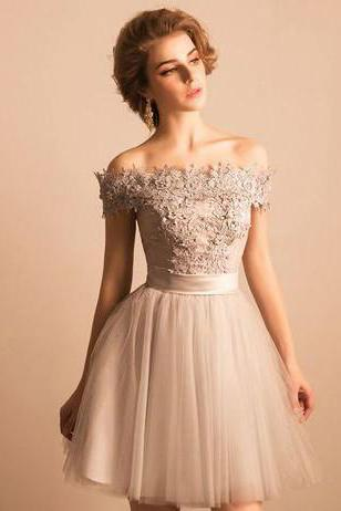 Off-the-Shoulder Lace Homecoming Dresses,Short Homecoming Gowns ,Beading Tulle Cute Lace-up Homecoming Dress