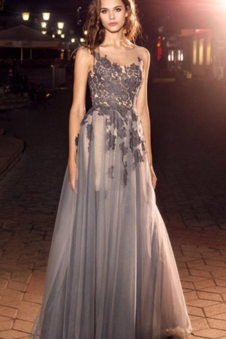 A-line Floor-length Sleeveless Appliques Long Prom Dresses