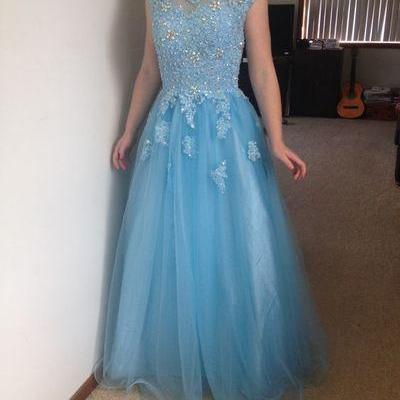 Charming Prom Dress,Tulle Prom Dresses,Appliques Prom Dress,Appliques Prom Dress